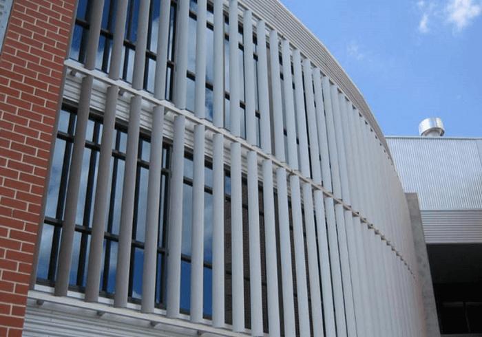 Lam nhôm chắn nắng hiệu quả cho công trình.